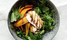 Hugh Fearnley grilled carrot and halloumi. defo gonna try this, looks yum Recipes # Best Bbq Recipes, Barbecue Recipes, Veggie Recipes, Dinner Recipes, Delicious Recipes, Favorite Recipes, Dinner Side Dishes, Dinner Sides, Vegetarian Dinners
