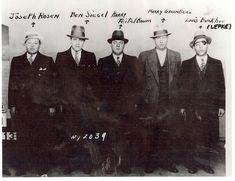 Violent Chicago mobster Frank Calabrese dies in federal prison Italian Gangster, Real Gangster, Mafia Gangster, Life Of Crime, Al Capone, Tough Guy, The Godfather, True Crime, Mug Shots