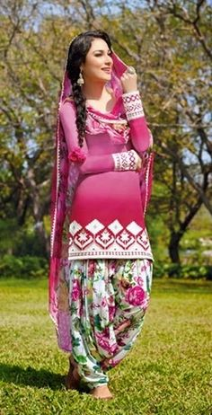 Exclusive-Awesome-Punjabi-Suits-For-Women-11.jpg (255×500)