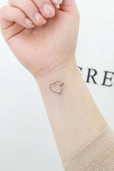 33 Delicate Wrist Tattoos For Your Upcoming Ink Session Heart With Letter Tatto. - 33 Delicate Wrist Tattoos For Your Upcoming Ink Session Heart With Letter Tattoo Design - Tatoo Heart, Small Heart Tattoos, Small Tattoos With Meaning, Heart Tattoo Designs, Small Tattoo Designs, Meaningful Wrist Tattoos, Wrist Tattoos For Women, Tattoos For Kids, Tattoos For Daughters