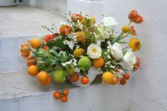 citrus colored bouquets | Found on emersonmerrick.blogspot.com