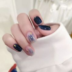 unusual cat eye nail art pictures ideas to have as quickly as possible . - unusual cat eye nail art pictures ideas to have as soon as possible – have - Nail Art Grey, Cat Nail Art, Cat Eye Nails, Glitter Nail Art, Minimalist Nails, Nail Swag, Stylish Nails, Trendy Nails, Korean Nail Art