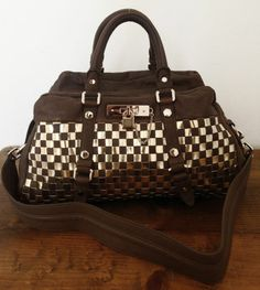Marc by Marc Jacobs Taupe Brown Metal Check Dr Q Large Groovee w Strap $598   eBay
