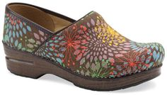 Nursing Profession MUST have = Dansko Clogs!   Ill take a pair in EVERY color!