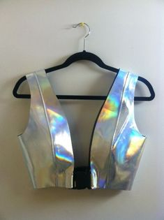 Holographic Fashion - The Shoppeuse Festival Looks, Rave Festival, Festival Wear, Festival Fashion, Electro Festival Outfit, Holographic Fashion, Rave Wear, Coachella, Steam Punk