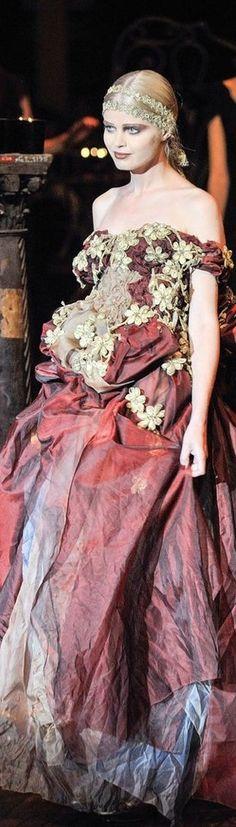 Franck Sorbier Haute Couture Fall 2014