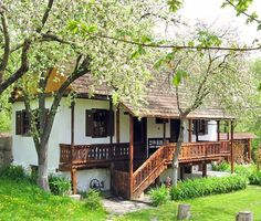 Undeva in Romania. Log Homes, Cabin Homes, Orient House, Rural House, Cozy Cottage, Design Case, Traditional House, Old Houses, Interior And Exterior
