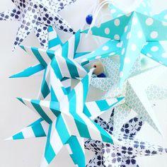 Ved at være tid til de her smuklinger igen smukke stjerner  #diy#papir#foldedestjerner#kreativ #pynt#julen#julepynt#