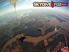#VocêSabia - Em Foz do Iguaçu você pode Saltar de Paraquedas com uma Vista Espetacular!  Os Saltos são Realizados próximo a Usina de Itaipu com a Equipe do Skydive Foz !! É SENSACIONAL!  Venha Para Foz conhecer mais esta Maravilha e se Hospede no Melhor Hotel 03 Estrelas de Foz do Iguaçu!  Para Informações sobre reservas acesse: www.hoteltarobafoz.com.br  #VemPraFoz #DestinoDoMundo #Aventura #BWTaroba