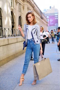 Love the casual vibe of this outfit: boyfriend jeans, nude sandals, and a gray jacket.