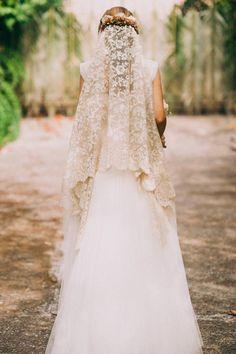 Oh, that veil Love Story Wedding, Dream Wedding, Amazing Wedding Dress, Wedding Veils, Bride Hairstyles, Bridal Hair, Bridal Dresses, Wedding Styles, Marie