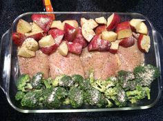 Tonights dinner4 pieces raw chicken, broccoli, and red potatoes seasoned with Italian dressing. Foiled and baked at 350° for an hour