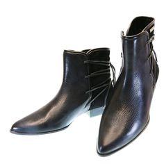 Bota Cano Curto Preto 3195 Dumond | Moselle sapatos finos femininos! Moselle sua boutique online.