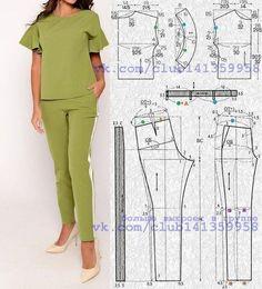 Traje de pantalón: una blusa con mangas cortas de una sola pieza con volantes y pantalones angostos con rayas. Patrón de blusa para tallas 40/42 y 46/48