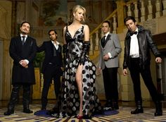 Funny pictures about Classy Big Bang Theory. Oh, and cool pics about Classy Big Bang Theory. Also, Classy Big Bang Theory photos. Big Bang Theory, The Big Theory, Tbbt, Blondes Sexy, Johnny Galecki, Jim Parsons, Film Serie, Geek Chic, Sexy Poses