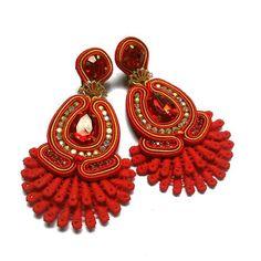 Soutache Earrings, Button Crafts, Earrings Handmade, Beaded Jewelry, Fashion Jewelry, Beads, Jewelries, Fashion Design, Instagram