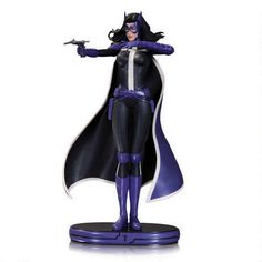 Cover Girls of DCU:  Huntress Statue
