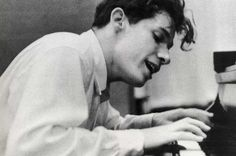 gould canadian piano player - Google Search