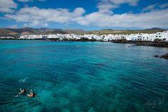 Un baño en el muelle - Punta Mujeres, Lanzarote | Flickr - Photo Sharing!
