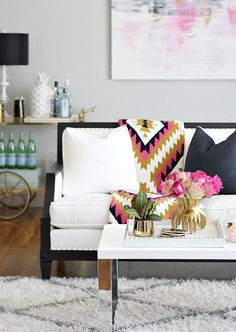 Piedmont Vase from @arteriorshome on Bliss at Home blog