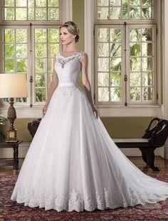 En mkemmel vestidos dresses bridesmaid dresses y tulle Amazing Wedding Dress, Luxury Wedding Dress, Wedding Gowns, Bridal Dresses, Bridesmaid Dresses, The Dress, Dream Dress, Bridal Collection, Beautiful Bride