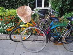 Who wouldn't love a rainbow bicycle?!