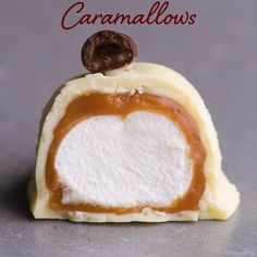 Caramallows Caramallows,Delectable Desserts Taste this treat! Caramallows are the next big thing that anyone can make! Especially for a romantic night ahead with your loved one! Potluck Desserts, Summer Dessert Recipes, Fancy Desserts, Easy Strawberry Desserts, Quick Easy Desserts, Dessert For Two, Dessert Food, Christmas Desserts, Chocolate Recipes