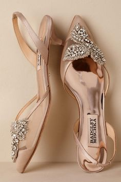 BHLDN Badgley Mischka Vera Slingback Heels Neutral in Shoes & Accessories Pretty Shoes, Beautiful Shoes, Wedding Boots, Bride Shoes, Prom Shoes, Badgley Mischka, Bridal Accessories, Me Too Shoes, Fashion Shoes