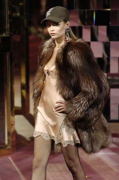 Natasha Poly at Dolce & Gabbana F/W 2004