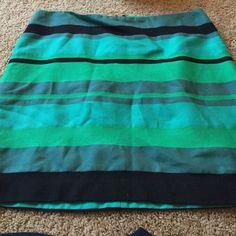 Loft Skirt Worn once LOFT Skirts Midi