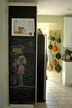 DIY idea for hanging pots - paint in a better color!