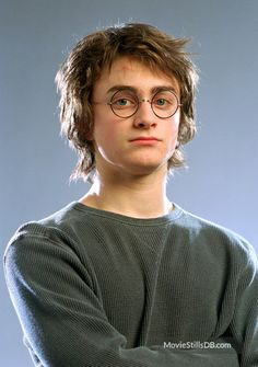 Daniel Radcliffe and Jamie Parker as Harry Potter The Characters Of Harry Potter In The Play Vs. The Films The post Daniel Radcliffe and Jamie Parker as Harry Potter appeared first on Film. Harry Potter Tumblr, Harry James Potter, Harry Potter World, Magia Harry Potter, Harry Potter Goblet, Mundo Harry Potter, Harry Potter Pictures, Harry Potter Cast, Harry Potter Quotes