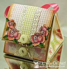 Cute tutorial for small paper purse.  #card folding