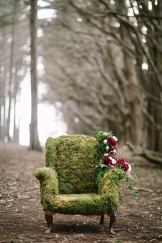 Moss chair: http://www.stylemepretty.com/little-black-book-blog/2015/01/09/enchanted-forest-bridal-inspiration/ | Photography: Retrospect Images - http://retrospectimages.com/
