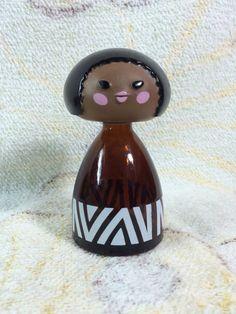 Avon petite bouteille de parfum en Afrique monde - vide