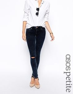ASOS+PETITE+Whitby+Low+Rise+Skinny+Jeans+in+Alaska+Wash+With+Ripped+Knee