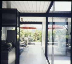 Bailey residence, kitchen, West Hollywood, after 1958?. http://digitallibrary.usc.edu/cdm/ref/collection/p15799coll42/id/251
