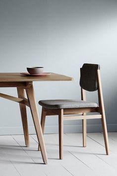 의자 등받이가 상하로 회 Product Design #productdesign