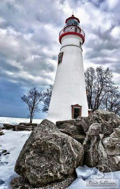 Ohio Lighthouse, Marblehead Lighthouse, the oldest lighthouse in the Great Lakes, Lake Erie, Lighthouse Lighting, Lighthouse Pictures, Marblehead Lighthouse, Marblehead Ohio, Scenic Photography, Night Photography, Landscape Photography, Beacon Of Light, Light Of The World