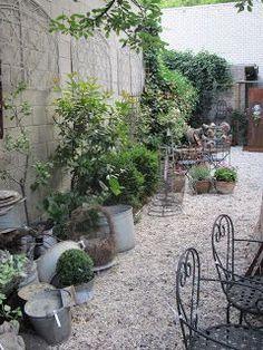 backyard designs – Gardening Ideas, Tips & Techniques Side Garden, Garden Paths, Garden Art, Garden Landscaping, Rose Garden Design, Small Gardens, Garden Styles, Garden Planning, Garden Inspiration