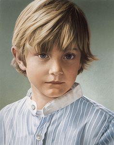 Oliver, pastel chalk portrait by Simone Bingemer