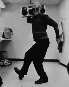 A Nightmare on Elm Street (1984) | 29 Awesome Behind-The-Scenes Photos From The Sets Of Classic Movies