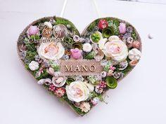#noridekor #egyedi #dekoráció #szív Floral Wreath, Wreaths, Home Decor, Floral Crown, Decoration Home, Door Wreaths, Room Decor, Deco Mesh Wreaths, Home Interior Design