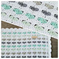 Gehaakte babydeken  #babydeken #wiegdeken #babyblanket #blanket #bylein #haken #crochet #häkeln #hearts #hartjes #mint #mintgroen #mintgreen #handmade #handgemaakt #DIY