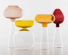 beautiful glass vases by Raffaella Mangiarotti Ceramic Design, Glass Design, My Glass, Glass Art, Cool Shapes, Design Theory, Dream Furniture, Residential Interior Design, Colored Glass