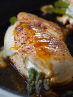 Lemon Chicken With Asparagus, Asparagus Recipe, Asparagus Stuffed Chicken, Fresh Asparagus, Stuffed Chicken Breasts, Stuffed Chicken Recipes, Healthy Stuffed Chicken Breast, Grilled Asparagus, Proper Tasty