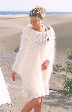 Poncho (tricot) et fleur au crochet - AuFilDeGarrigue