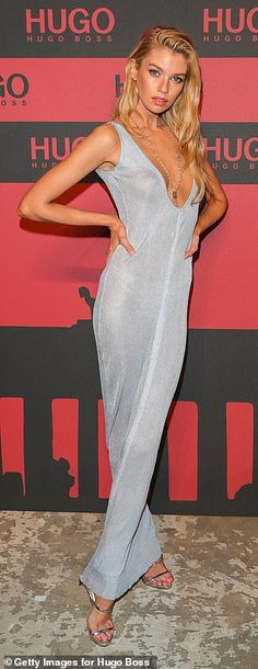 Stella Maxwell oozes glamour as she goes braless in a plunging silver dress at party in Berlin Stella Maxwell, Design Thinking, Party In Berlin, Blond, Jennifer Aniston Hot, Under Your Spell, Plunge Dress, Glamour, Victorias Secret Models