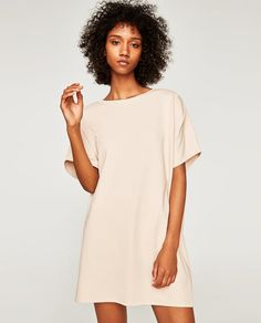 Image 2 of DRESS WITH SHOULDER DARTS from Zara