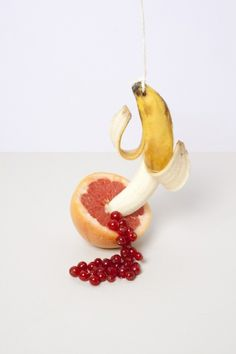 banana - red currant - grapefruit - food - styling